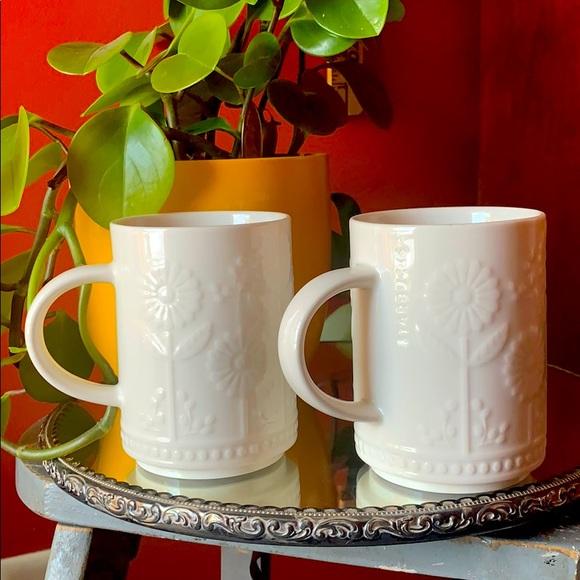 2 VTG Starbucks white embossed sunflower mugs